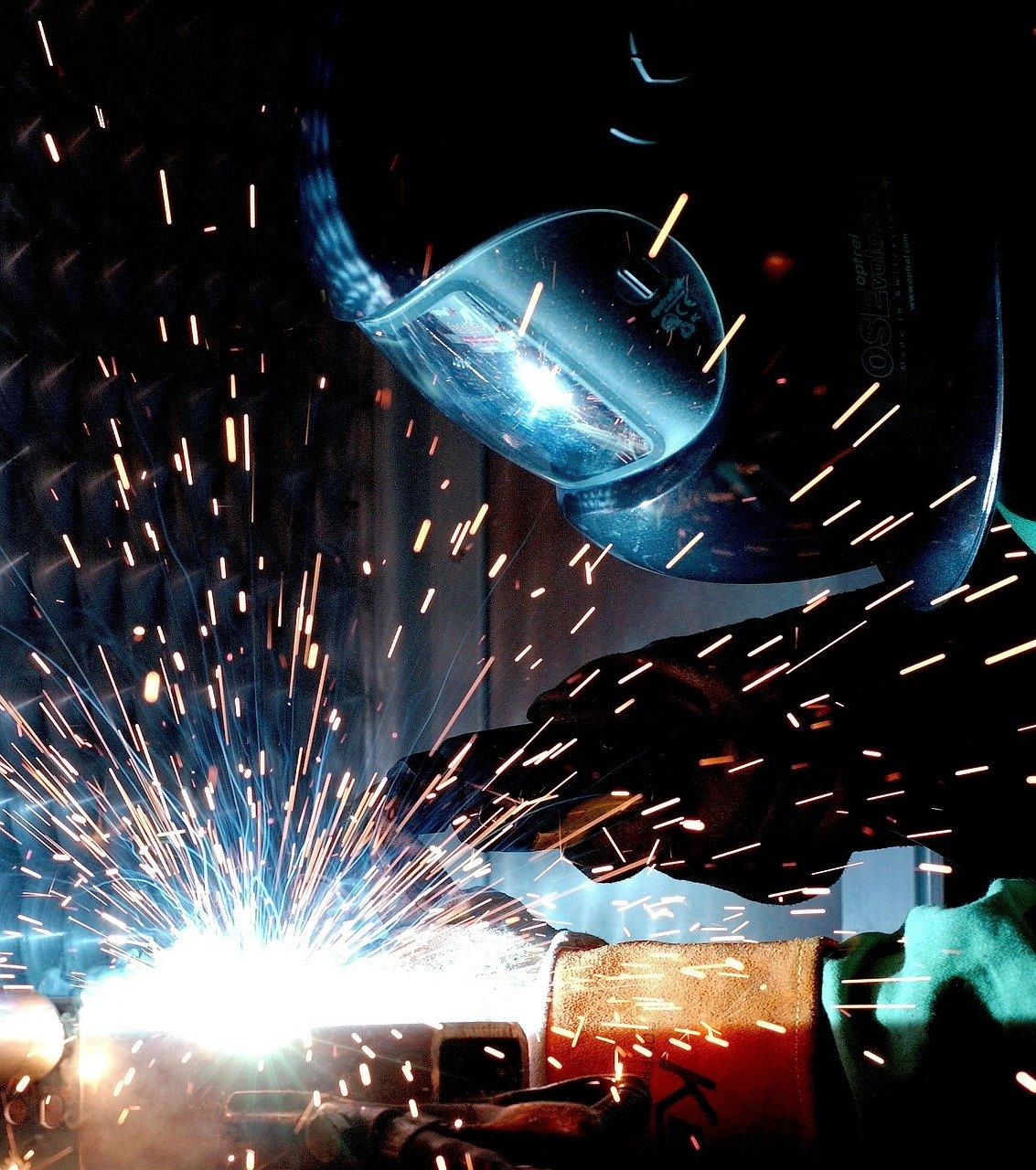 man doing mig welding