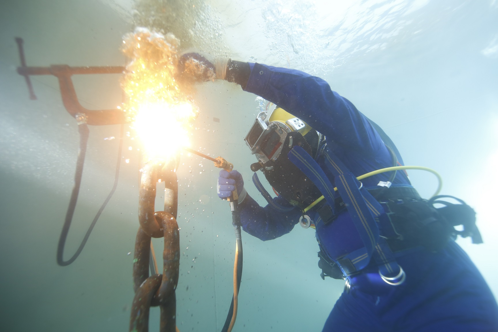 How Much Does an Underwater Welder Make Pay Scale and Potential Earnings