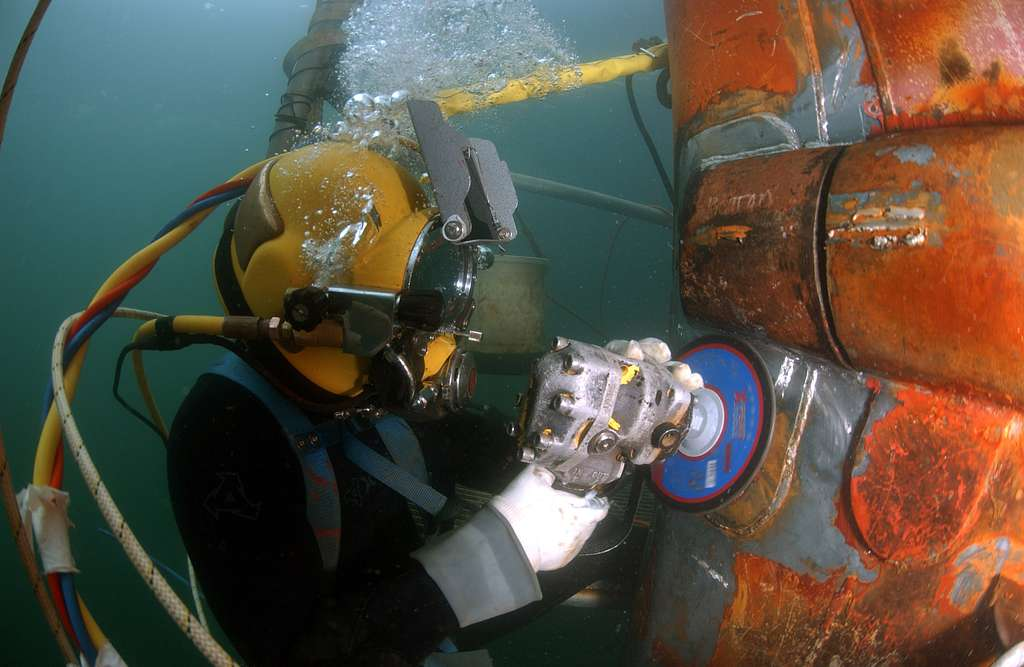 Top Paying Careers Spotlight How to Become an Underwater Welder